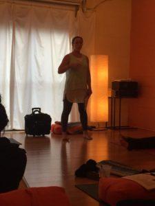 Diastasis Recti and Yoga Modifications - fit2b.com