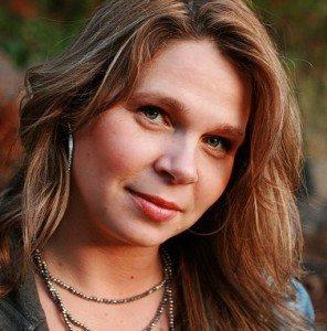 Kelly Dean - fit2b.com